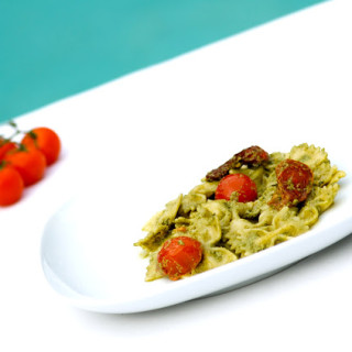 Farfalle Pasta with Pesto and Sun Dried Tomatoes