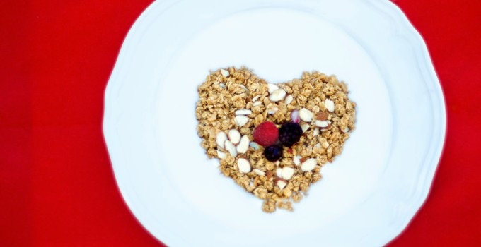 French Vanilla Almond Granola Berries Parfait – Breakfast of Champions!