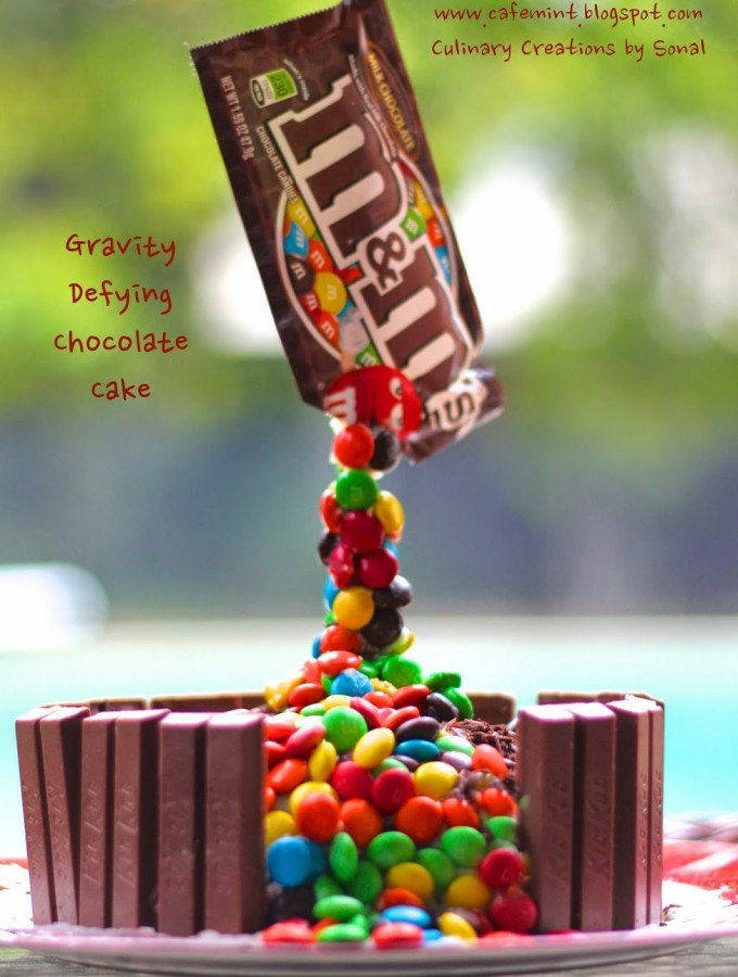 Gravity Defying Chocolate Cake (Eggless)