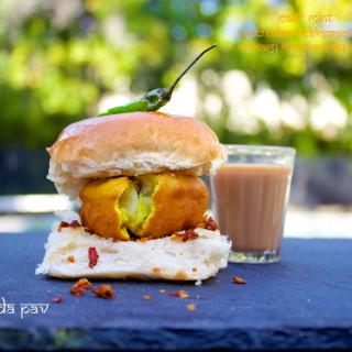 Vada Pav | An Ode to the Street Food of Mumbai