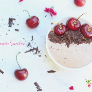 Cherry Garcia Smoothie    Cherries, Chocolates, & Oats