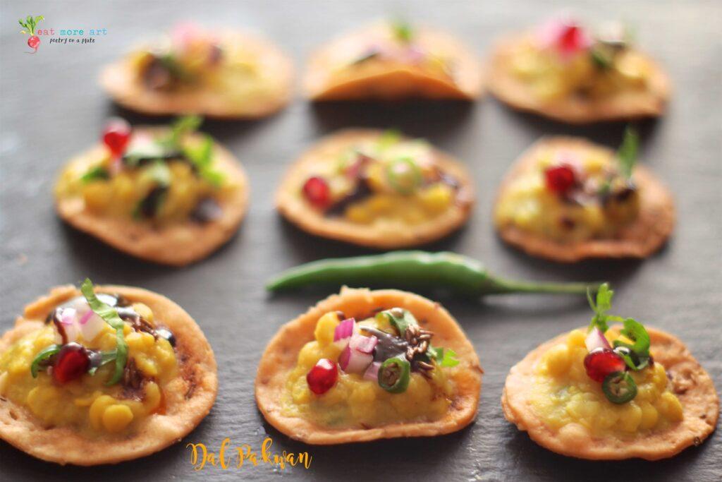 A close up side shot of Dal Pakwan bites