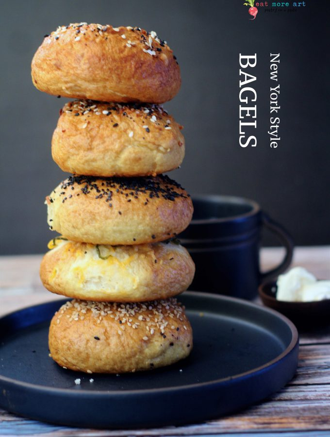 a side shot of 5 stacked bagels